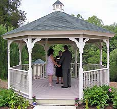 Exchanging vows in the gazebo